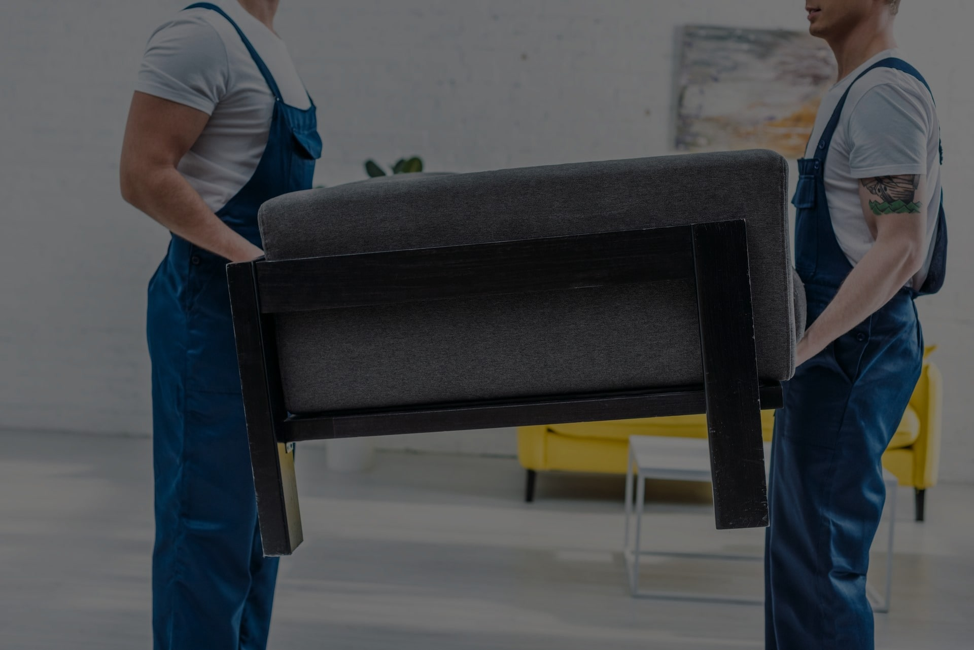 Why You Should Hire a Furniture Removal Service in Miami